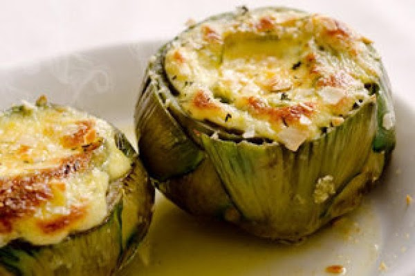 Artichoke With Baked Brie Sauce Recipe