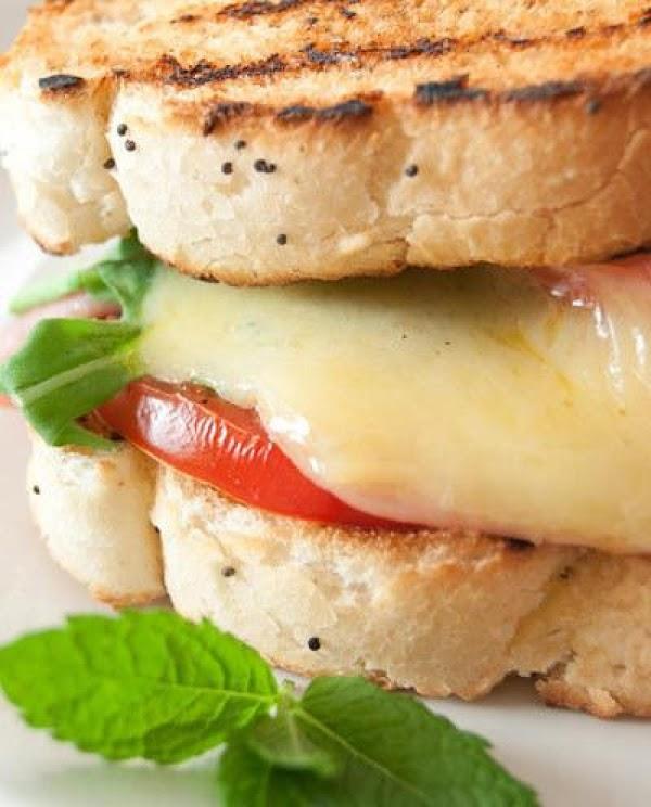Grilled Cheese W/ Arugula, Fresh Basil And Tomato Recipe