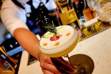 Bar Halfway There 半路酒吧