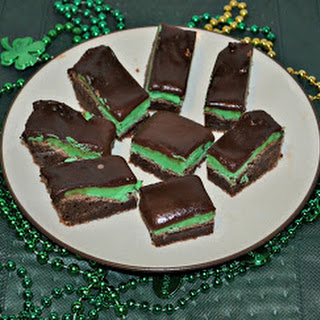 Chocolate Mint Brownies  (adapted from Mom on Time Out)