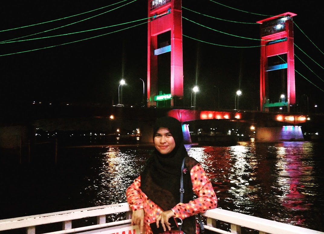 foto jembatan ampera