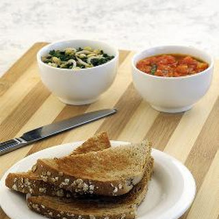 Toast With Spinach and Tomato Spread.