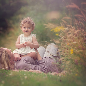 Mother & Daughter by Danuta Czapka - People Family ( babies, little girl, mothers, daughter, children photography, children photographer,  )