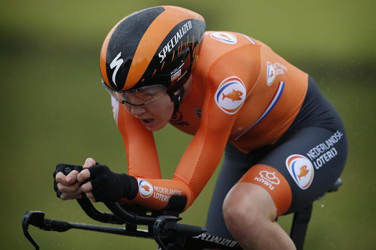 Van der Breggen doet na het NK er nog een titel bij en onttroont Van Dijk na vier jaar