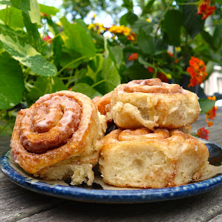 Perfect Vegan Cinnamon Rolls