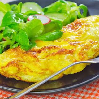 Hoop Cheddar Cheese Omelette