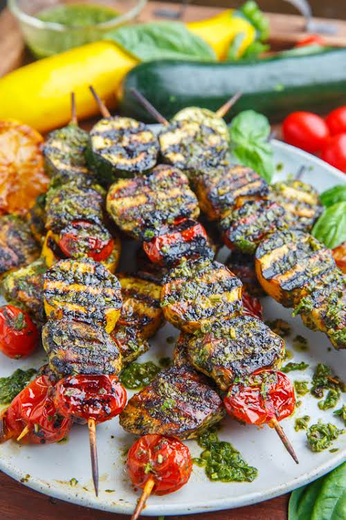 """Pesto Grilled Chicken, Zucchini and Tomato Skewers """"How tasty do these pesto..."""