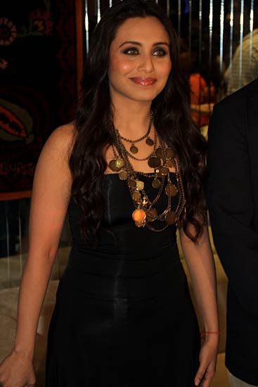 Rani Mukerji in black, Rani Mukerji in tight dress
