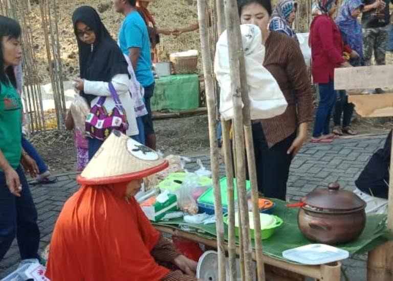 Wisata Pasar Jadul Di Ngawi Jawa Timur