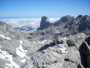 Photo: Desde la cumbre del Tesorero, de izquierda a derecha Arenizas, Naranjo, La Morra, Los Campanarios