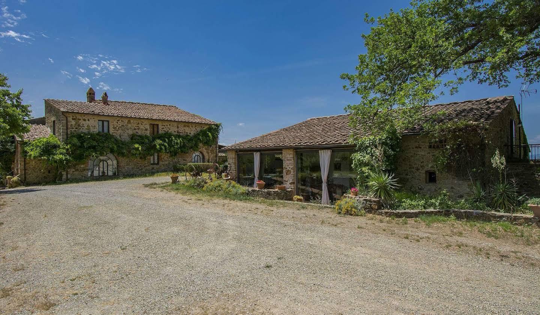 Villa avec jardin et terrasse Fioraie