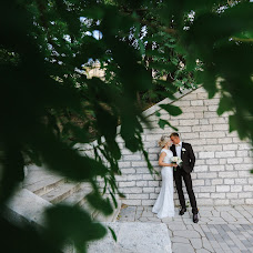 Wedding photographer Yulya Vlasova (vlasovaulia). Photo of 17.12.2017