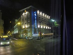 Photo: Rou4HR101-150930Bucarest, hôtel Minerva, façade immeuble, nocturne IMG_8796