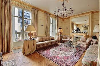 Appartement 7 pièces 303 m2