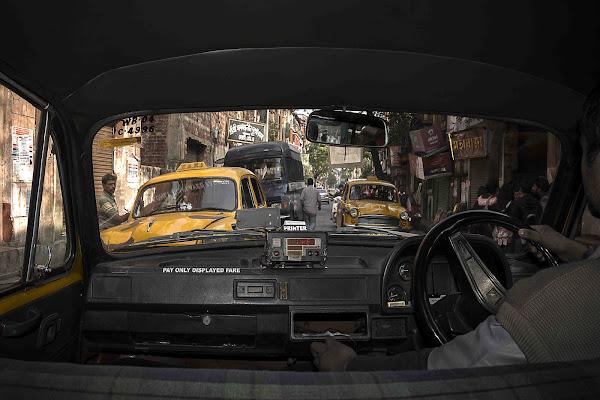La corsa in taxi di Roberto Pazzi Photography