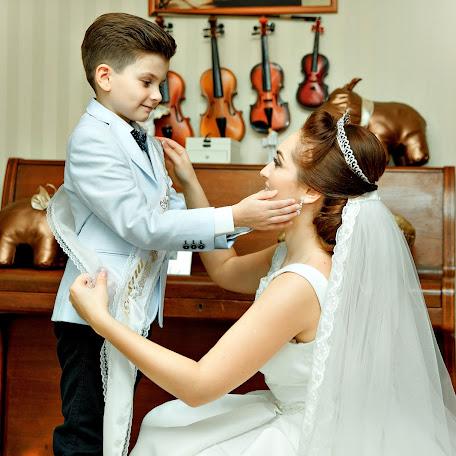 Wedding photographer Nikolay Marusyak (NIKU). Photo of 12.03.2018