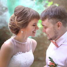 Wedding photographer Vladimir Belov (beloved). Photo of 17.05.2017