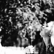 Wedding photographer Anastasiya Lozovskaya (LAV1983). Photo of 28.02.2015