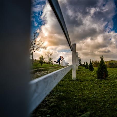 Fotograful de nuntă Alina elena Ciocan (alinadualphoto). Fotografie la: 16.02.2017