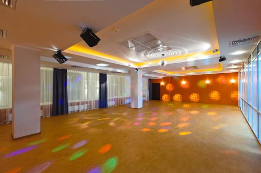 Зал для свадьбы в Воскресенское за городом в Подмосковье