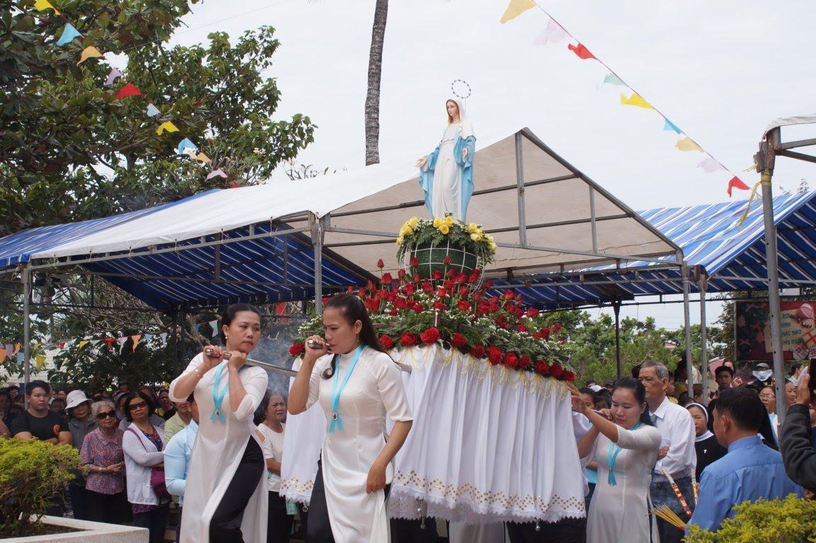 Ngày Hành Hương Mừng Bổn Mạng Giáo Phận Long Xuyên, tại GX Hòn Chông - Ảnh minh hoạ 8