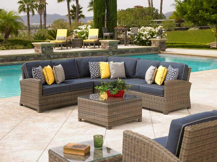 Kinds of Outside Outdoor Furniture – Choose - Unix Home