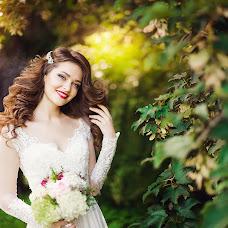 Wedding photographer Nadezhda Zhizhnevskaya (NadyaZ). Photo of 04.08.2015