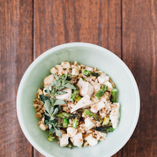 Chicken, Asparagus, and Mozzarella Farro Salad