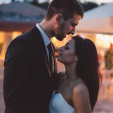 Wedding photographer Polina Rumyanceva (polinahecate2805). Photo of 23.08.2017