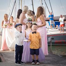 Wedding photographer Dávid Moór (moordavid). Photo of 01.12.2016