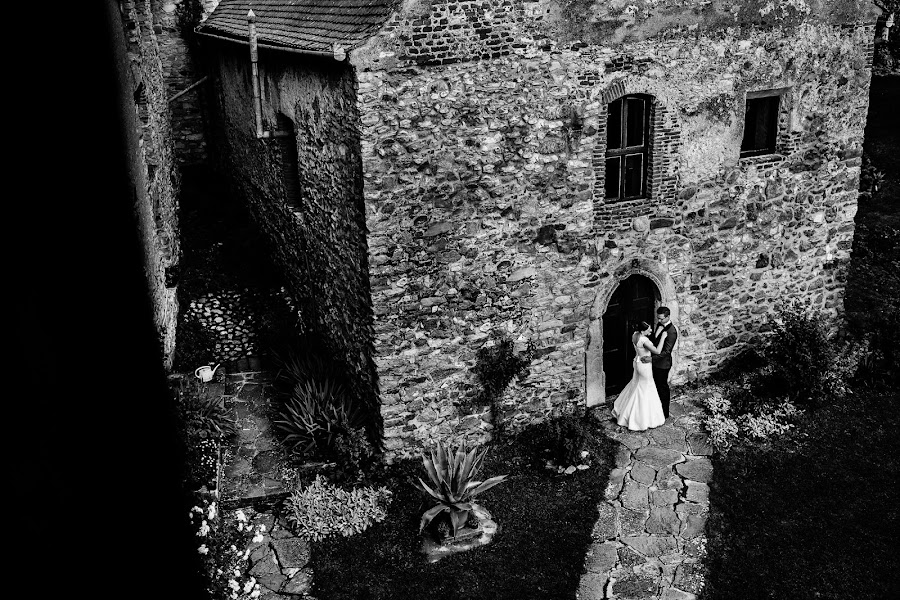 Wedding photographer Mihai Ruja (mrvisuals). Photo of 14.12.2017