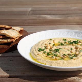 Easy Hummus.