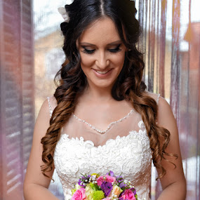 Bride by Marko Stanišić - Wedding Bride ( srbija, nikon d800e, wedding, krusevac, best wedding, foto zrak, nikon, bride, foto marko, portrait )