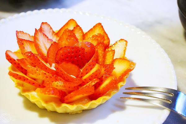 A La maison sweet and salt & fashion lab 法國廚師的巷弄精緻小店,手作法式甜點濃郁不膩,草莓塔酸甜奶味好清新~