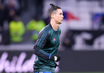 🎥 Cristiano Ronaldo s'amuse avec des supporters... imaginaires