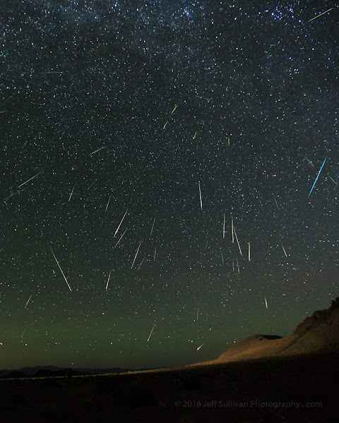 Photo: North-facing Perseid meteors August 12