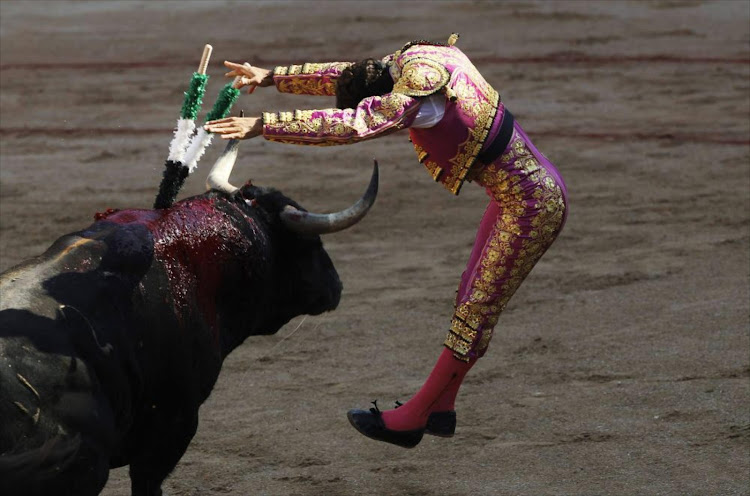 Spanish bullfighter Antonio Ferrera inserts