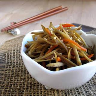 Kinpira Gobo (Japanese Burdock Root & Carrots).