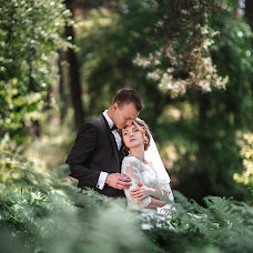 Wedding photographer Veronika Yarinina (Ronika). Photo of 19.06.2017