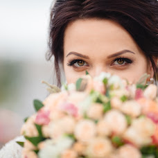 Wedding photographer Aleksandr Kovrov (kovrov). Photo of 12.12.2016