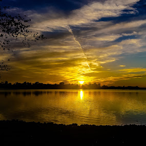 October Sunset by Robert Smith - Landscapes Sunsets & Sunrises ( conest 23 jun 20116, ends 6/28/2016, lake, horseshoe,  )