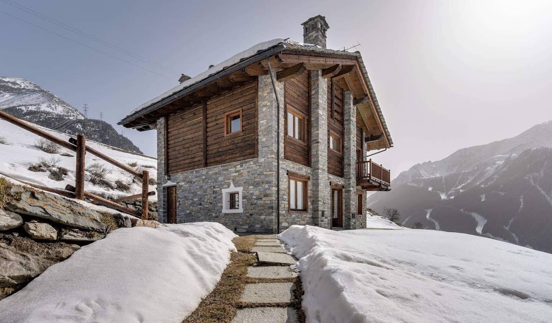 Villa with garden Cogne