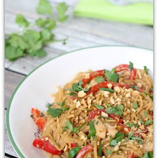 Slow Cooker Thai Chicken and Noodles
