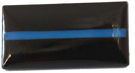 Pins svart bakgrund