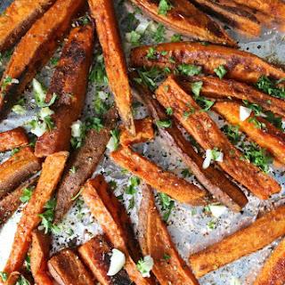 Baked Garlic Sweet Potato Fries