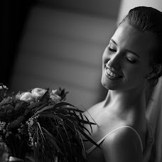 Wedding photographer Aleksandr Bazeskin (2moments). Photo of 31.08.2017