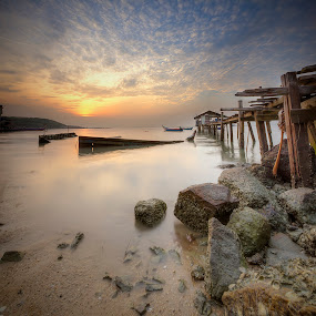 Sunrise at Jelutong Beach, Penang by Zul Murky - Landscapes Beaches ( canon, hdr, seascape, beach, sunrise )