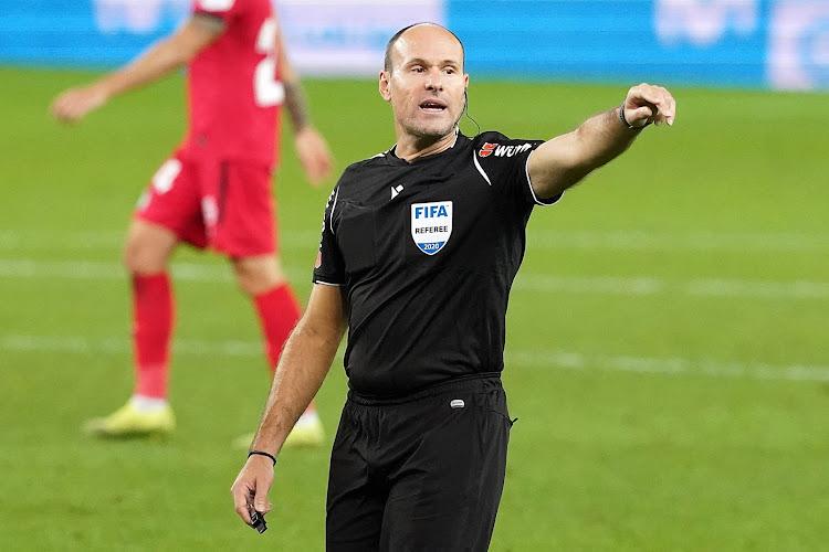 Les arbitres des finales de la Ligue des champions et de l'Europa League sont connus