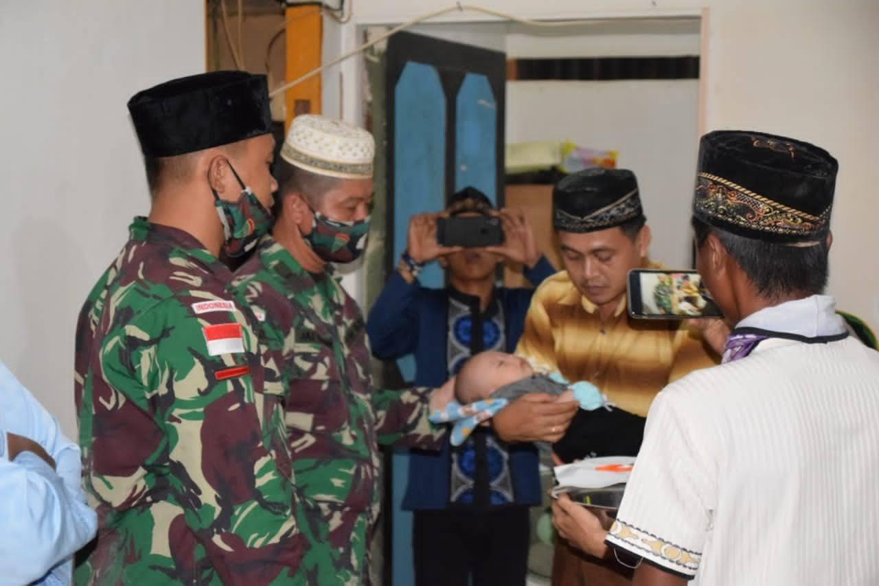 Dihari Pertama Penugasan Pos Kotis Jalin Silahturahmi Dengan Masyarakat Asiki