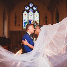 Nhiếp ảnh gia ảnh cưới Alfred Man (Valostudio). Ảnh của 02.01.2018